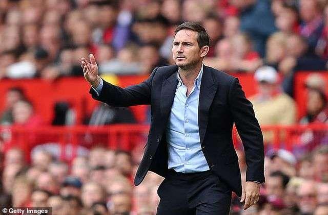 """HLV Lampard cần một """"cú tát mạnh"""" như vậy để tỉnh đòn hơn"""