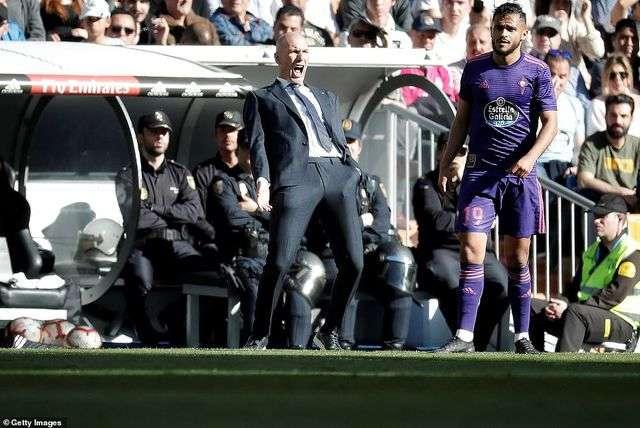 HLV Zidane đang đối diện nhiều sức ép