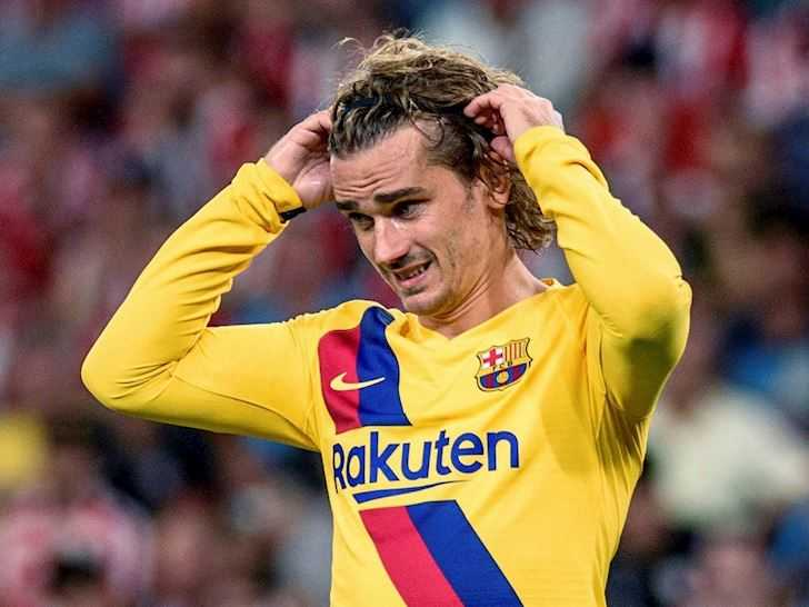 Coutinho ra đi, Griezmann vẫn không thể nào có được chiếc áo số 7