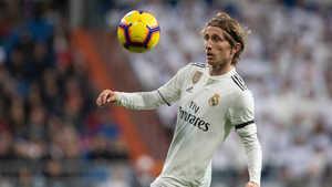 Luka Modric không có tên trong đề cử cầu thủ xuất sắc nhất thế giới