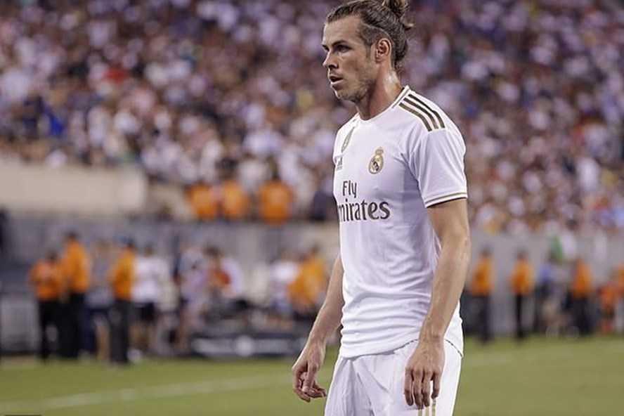 Không có tên trong kế hoạch của Zidane, Gareth Bale vẫn quyết không rời đi