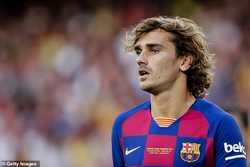 """Messi """"ngó lơ"""" Antoine Griezmann và tỏ thái độ ra mặt"""