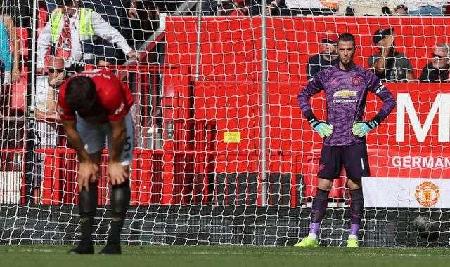 Man Utd thua cay đắng trước Crystal Palace ngay tại sân nhà