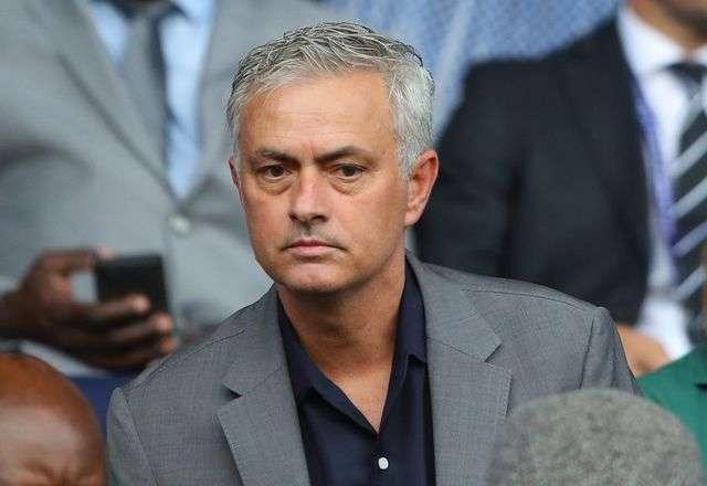 Mourinho xát muối vào Chelsea khi chê tơi bời đội bóng cũ
