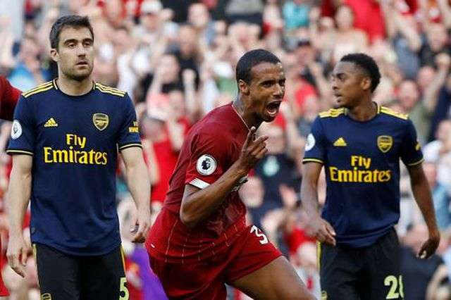 Arsenal thua trên sân của Liverpool ở vòng 3