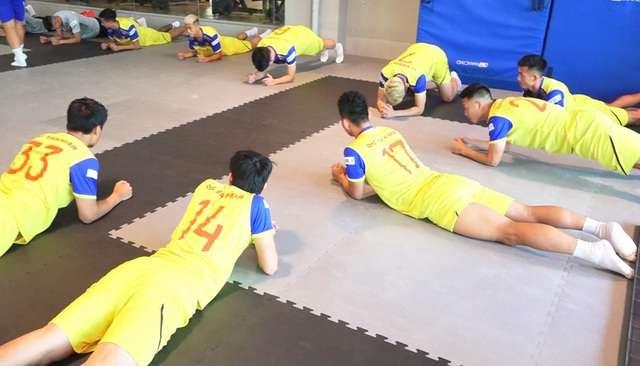 Các tuyển thủ Việt Nam sẽ bắt đầu tập luyện chính thức từ ngày hôm nay (23/9)