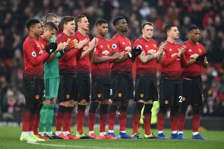 """Man United """"đi ăn mừng"""" sau chiến thắng nhọc nhằn trước Rochdale ở Cúp Liên đoàn"""