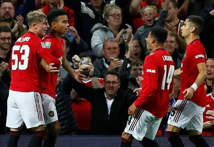 Man United vs Arsenal: Chỉ còn lại những dư âm của quá khứ