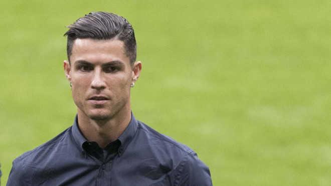 Đội tuyển Bồ Đào Nha tự trao giải The Best cho Ronaldo