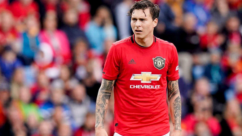 CĐV Man United muốn Lindelof lên làm tiền đạo