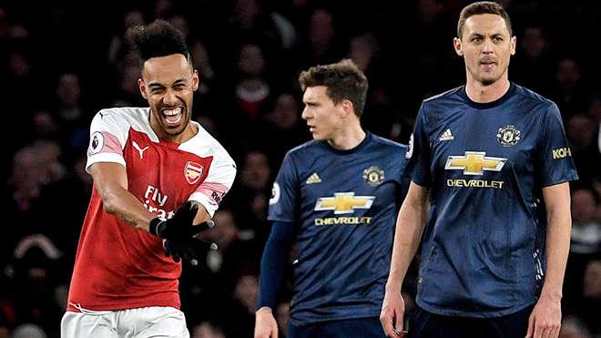 Đại chiến MU-Arsenal là một cuộc chiến thực sự giữa hai đội bóng đang đi tìm lại chính mình
