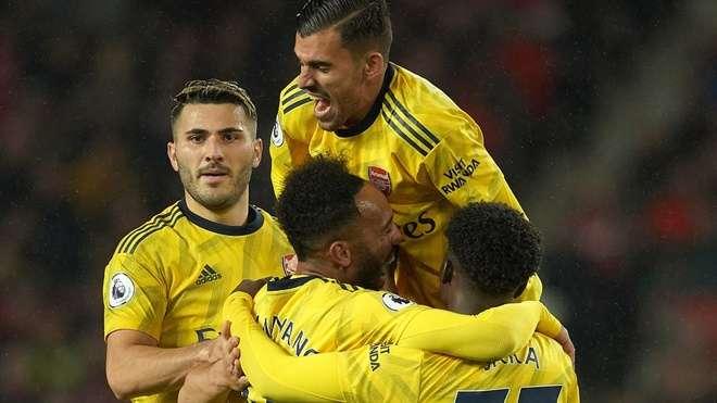 Arsenal có hi vọng kết thúc mùa giải trong top 4