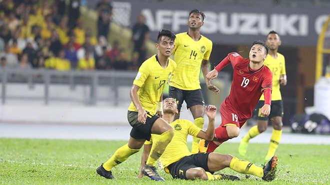 Đánh bại Malaysia tại sân Mỹ Đình là nhiệm vụ bắt buộc với Quang Hải và đồng đội