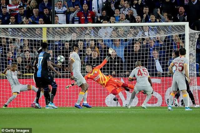 Club Brugge chỉ cầm hòa Galatasaray ở ngày mở màn