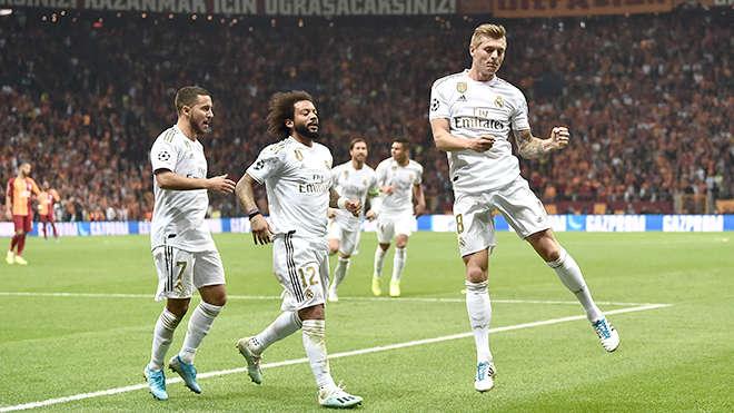 Toni Kroos, một cựu binh, đã giải cứu Zidane ở Istanbul
