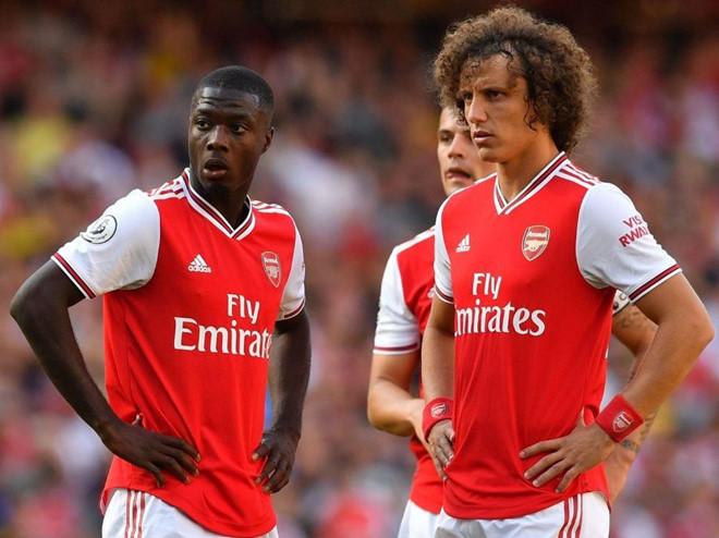"""Patrice Evra: """"Tôi không hối hận khi gọi Arsenal là đội bóng của những đứa trẻ"""""""