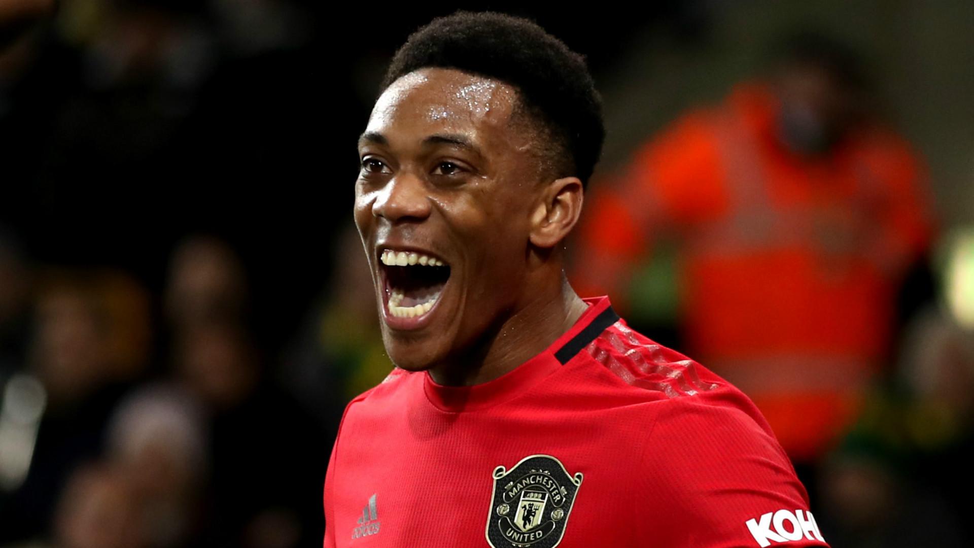 Không phải Rashford, Martial mới là tiền đạo cắm đích thực của Man United