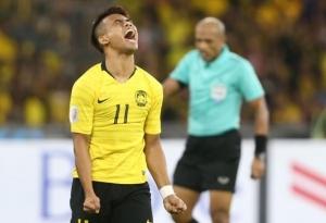 Việt Nam vs Malaysia: Uất nghẹn rời Mỹ Đình