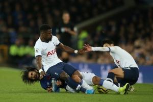 Andre Gomes dính chấn thương kinh hoàng trong trận đấu với Tottenham