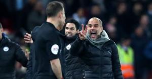 Guardiola cười khẩy cảm ơn trọng tài đã giúp Liverpool chiến thắng