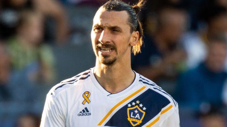 Zlatan Ibrahimovic sẽ là bản hợp đồng đầu tiên của Mourinho ở Tottenham?