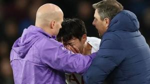 Son Heung Min kinh hoàng tột độ, bàng hoàng ôm mặt khóc nức nở sau khi gây ra chấn thương cho Andre Gomes
