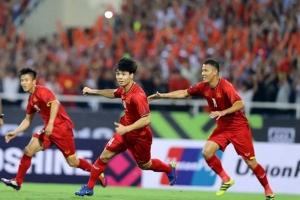 Tuyển Việt Nam: Ai sẽ lĩnh xướng hàng công trong trận đấu với UAE?