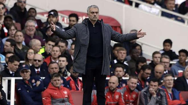 Jose Mourinho có thể đưa Arsenal trở lại cuộc đua danh hiệu