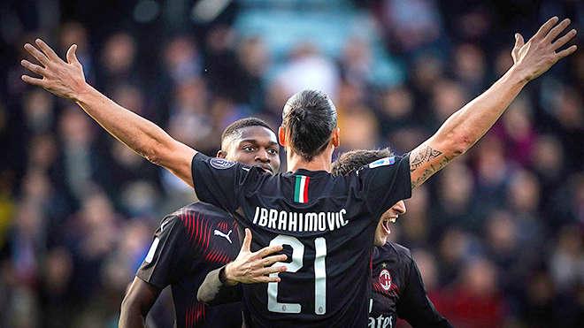 Ghi bàn ấn định tỷ số 2-0 cho Milan  trong trận đấu trên sân Cagliari, Ibra đã giúp Milan chiến thắng trở lại
