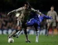 Tiết lộ bí mật: Makelele từng dọa sẽ đưa Ronaldinho vào bệnh viện