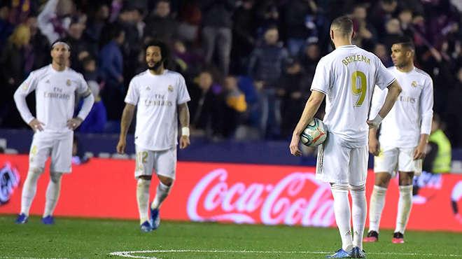 Real Madrid đánh mất mình sau thời gian thăng hoa
