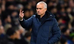 Vực dậy Tottenham đang là nhiệm vụ quá khó với Mourinho